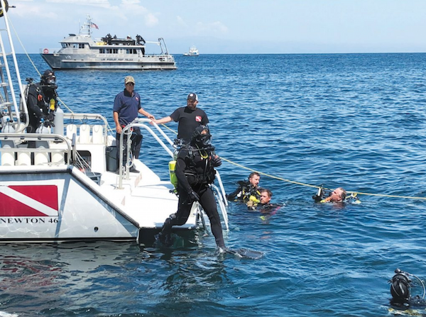 File:Divers SAR.png