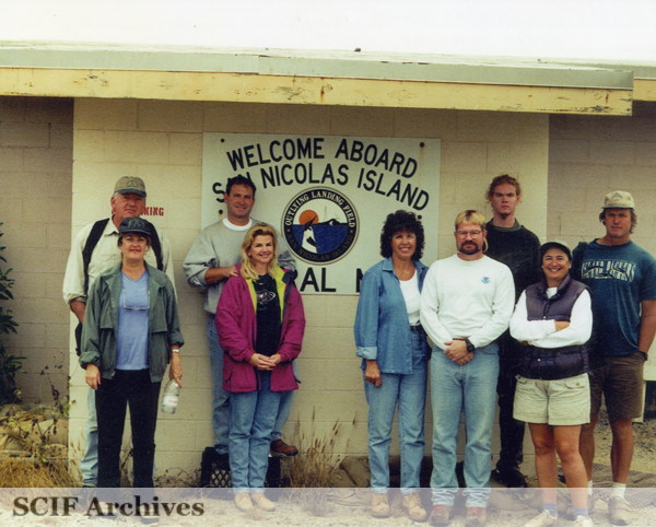 File:SNI Beach Clean up 1999.jpg