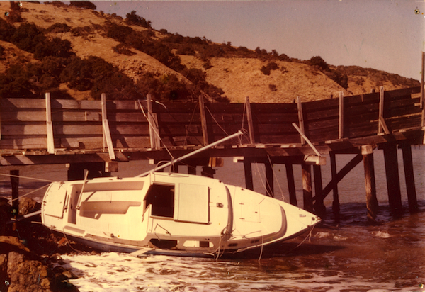 File:SCrI disasters - shipwreck.jpg