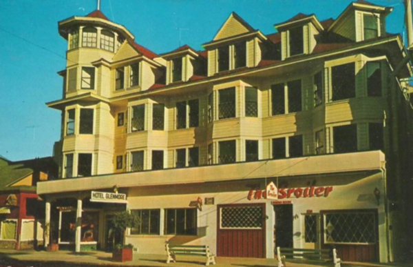 File:Glenmore Hotel.JPG