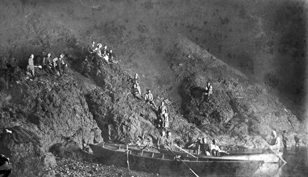 File:Yates Cave, Anacapa Island, 1890.jpg