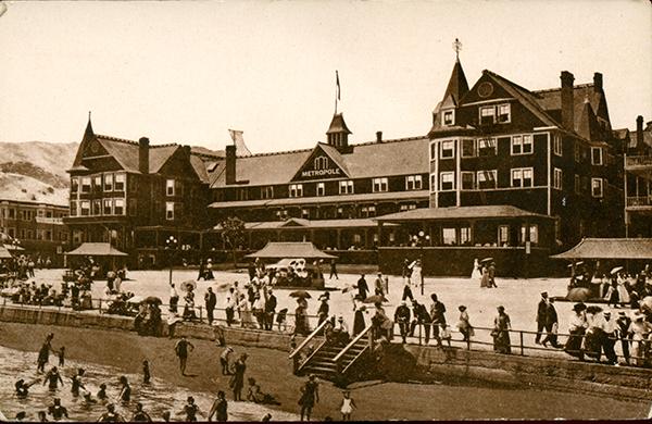 File:Neuner Co. Metropole Hotel.jpg
