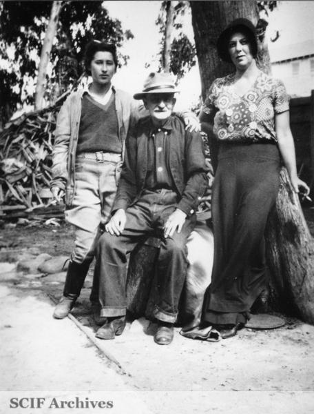 File:SRI (l to r) M Vail's nanny, Lon Maynard & Mrs. Ed Vail 1930s.jpg