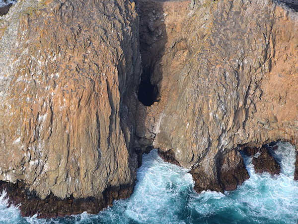File:Castle Rock hole SMI.png