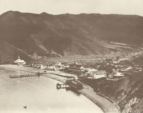 File:Avalon Bay 1893.png