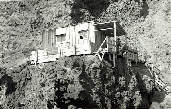 File:West Anacapa NPS 217 CAT 3218.jpg