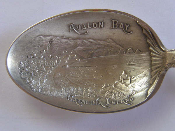 File:J. Mayer & Bros Type 1 embossed bowl.jpg