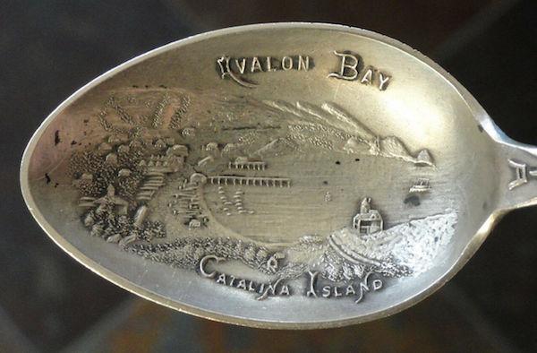 File:J Mayer & Bros. Type 3 embossed bowl.jpg