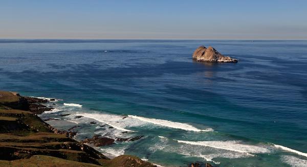 File:Flea Island-Castle Rock SMI.png