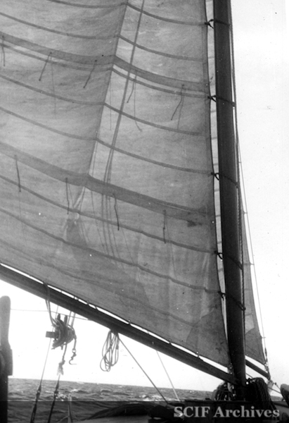 File:28 Sept. B. Hughey 1950 ketch - mainsail outside santa rosa island.jpg