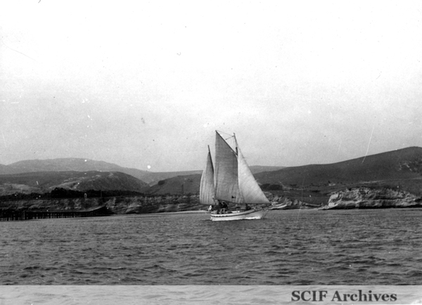 File:35 B. Hughey Sept. 1950 ketch Breecher's harbor.jpg