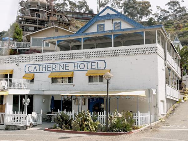 File:Catherine hotel, santa catalina island.jpg