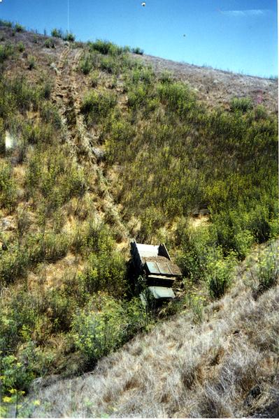 File:SCrI - disaster - crashed truck.jpg