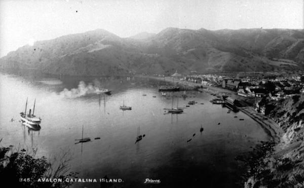 File:Avalon Bay c. 1900.png