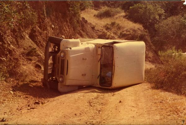 File:Disaster Photos SCrI - overturned truck.jpg