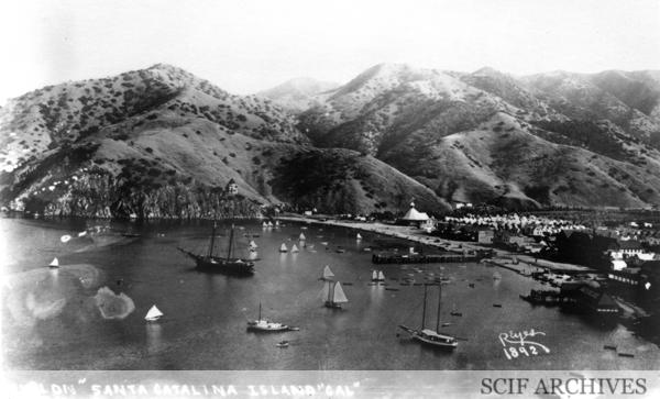 File:PV Reyes postcard Avalon, Santa Catalina Island, Cal 1892.jpg