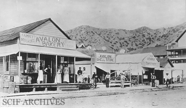 File:Avalon Bakery c.1892©.jpg