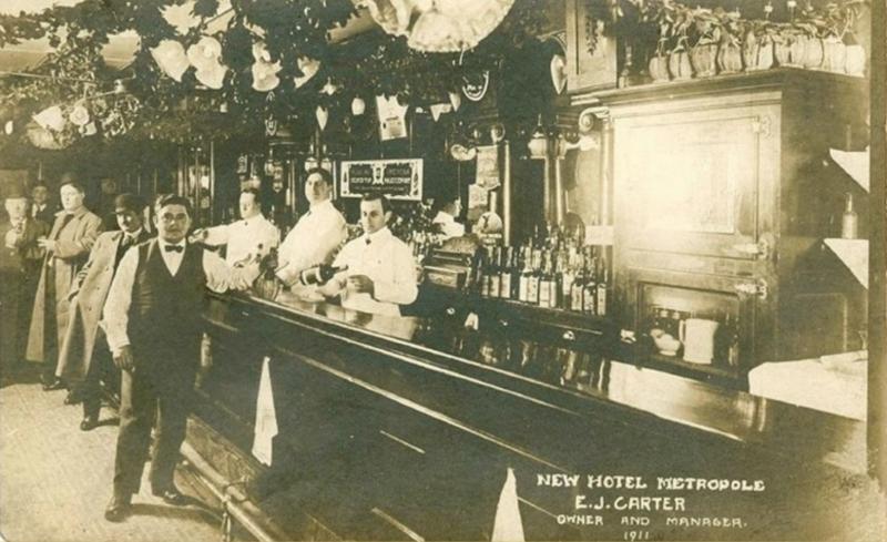 File:Metropole Bar 1911.png